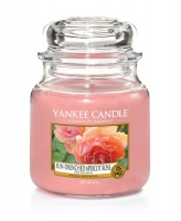 Yankee Candle Sun Drenched Apricot Rose Housewarmer 411 Gramm